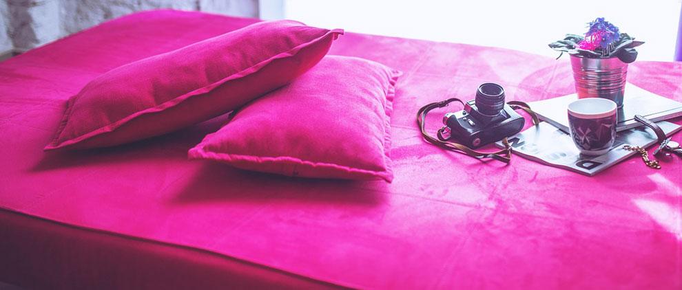 Divano letto per la stanza degli ospiti letti su misura - Scherzi per letto degli sposi ...